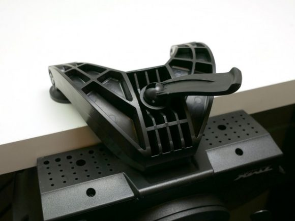 Thrustmaster TMX clamp
